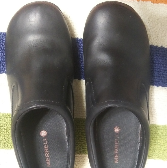MURRELL Shoes - 2 FOR $20 SIZE 9WIDE WOMENS MURRELL BLACK SHOES